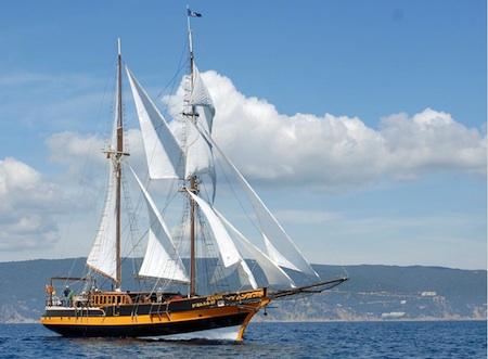 Concentraci n de grandes veleros y barcos tradicionales for Todo sobre barcos