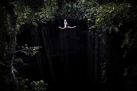 red_bull_cliff_diving_mexico_2011
