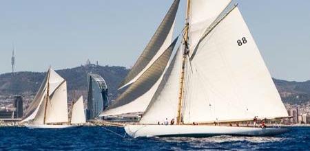 Trofeo Enric Puig. Regata de barcos de época en Barcelona.