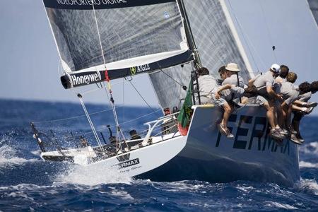 GP 42. Fermax. Grupo Navega