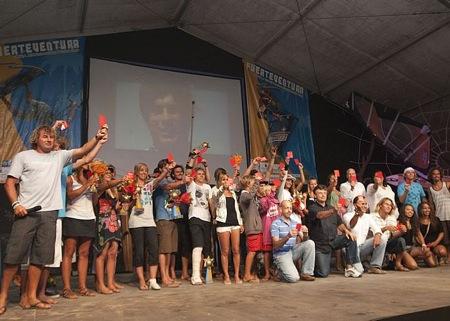 mundial_windsurf_kiteboard_clausura_sacando