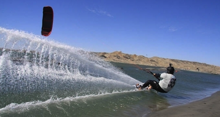 record-de-velocidad-en-kitesurf-grupo-navega1