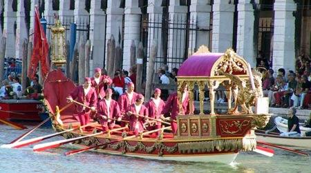 regata-gondolas-venecia
